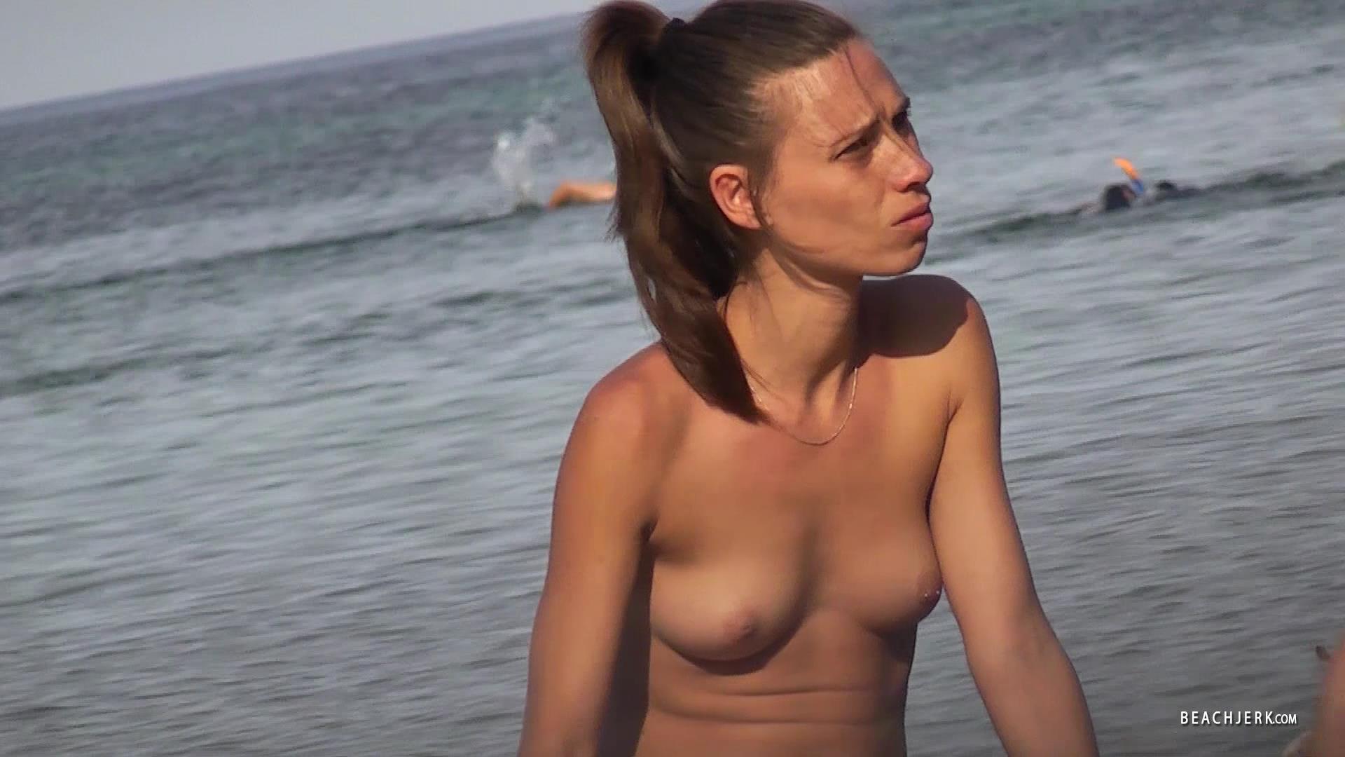 Wife inserting huge dildo